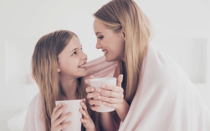Questions to ask kids - image of mom and daughter