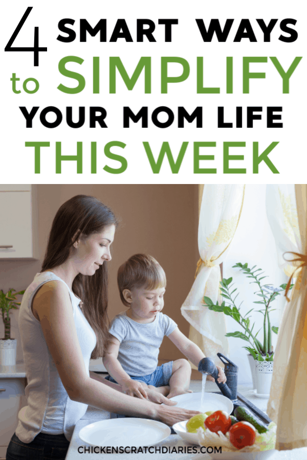 Mom life tips, hacks and organization advice especially for working moms juggling all the things! #MomLife #WorkingMom #Simplify #Motherhood #OrganizingLife #Budgeting