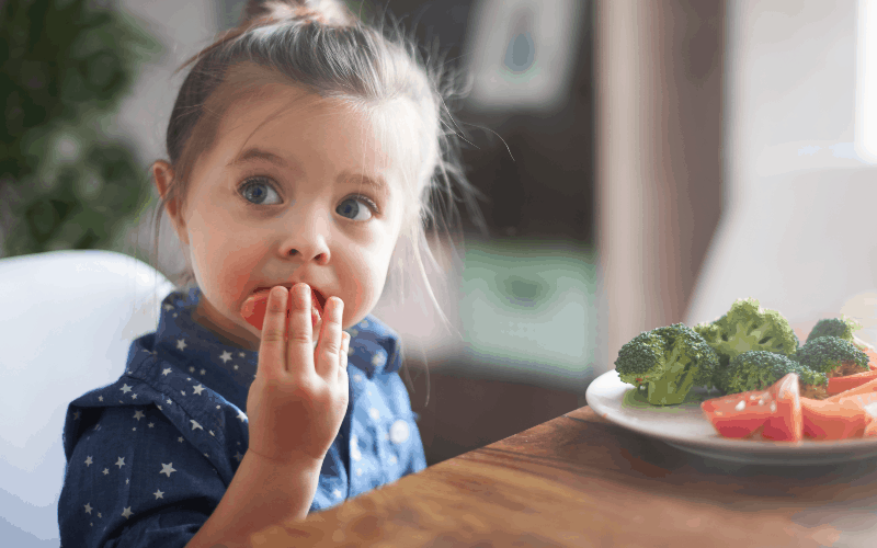 Teaching kids responsibility at dinnertime