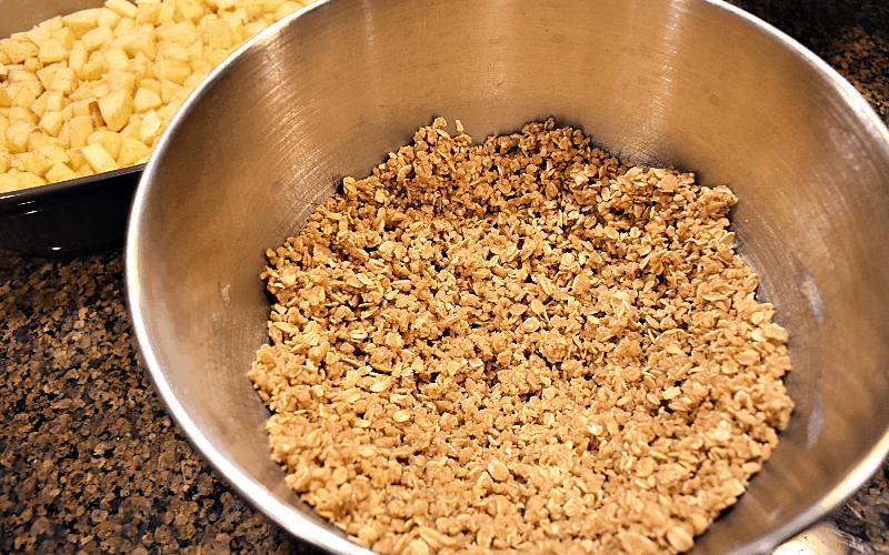 Apple crisp recipe - image of crumb topping