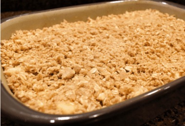 easy apple crisp recipe- featured image