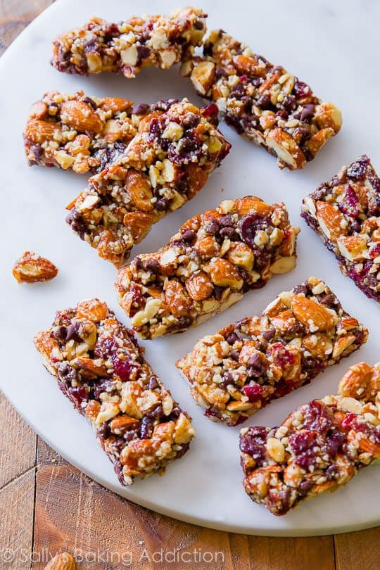 Chocolate cherry almond snack bars-healthy breakfast idea