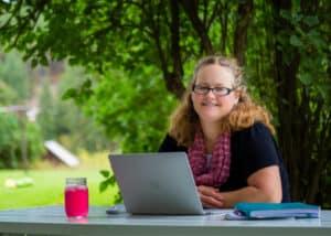 Lisa Tanner author profile