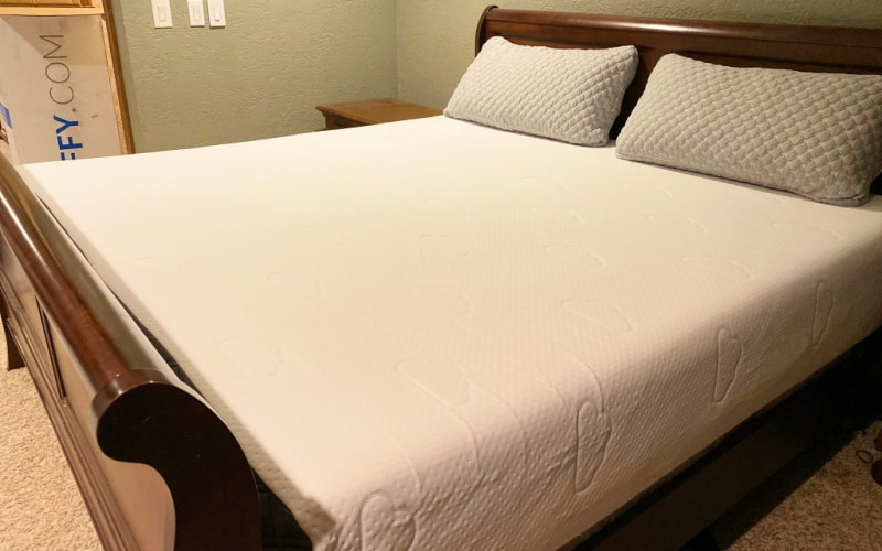 our puffy mattress image