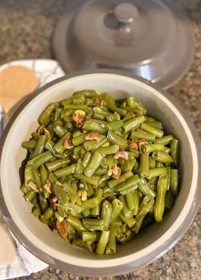 Finished Instant Pot Green Beans with bacon