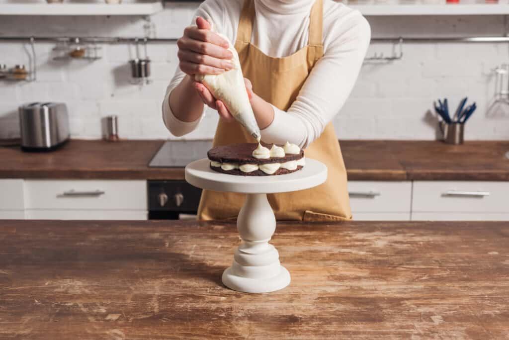 cake decorating hobby idea for moms