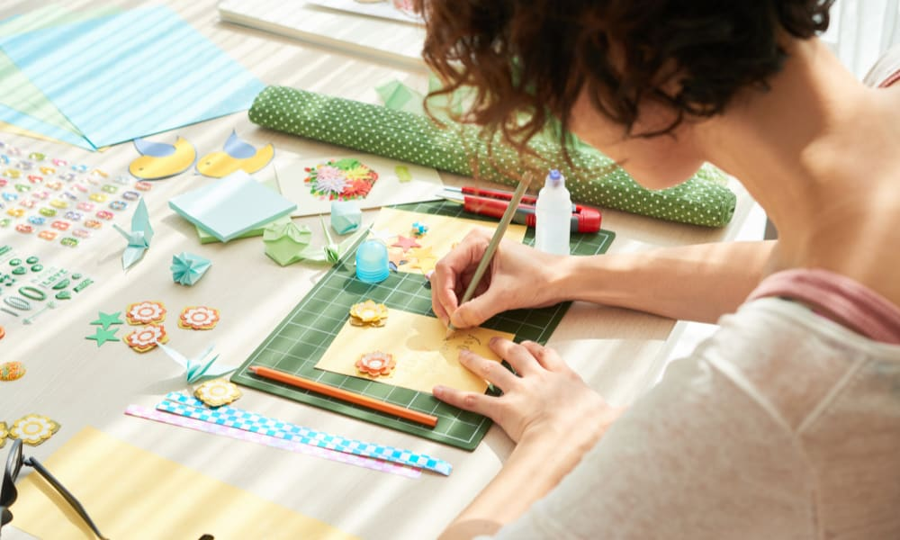 Crafting hobbies for moms at home
